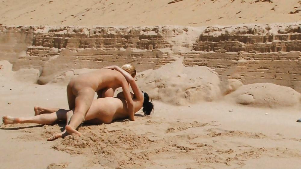 Beach Catfight