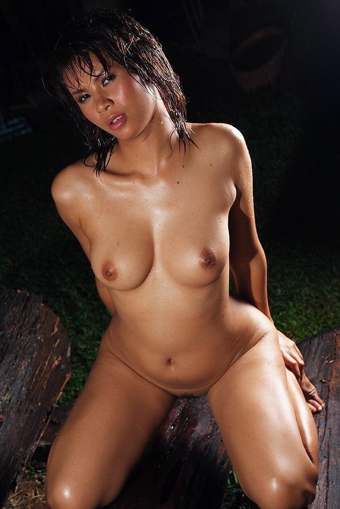 Cute Thai Boobs And Pussy