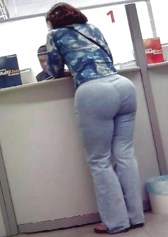 Girls in tight pants 15