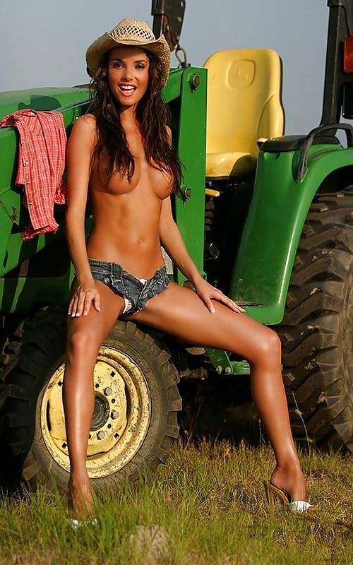 Sexy Farmgirls 3