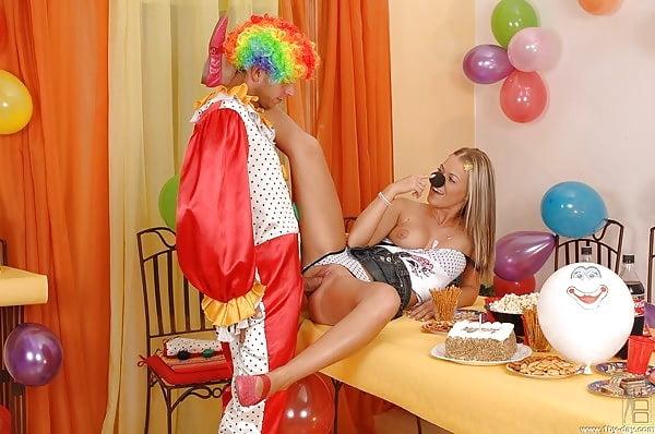 Clown sexy 02